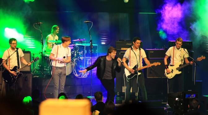 1Live Krone 2012 – Wenn die Szene und ein Sender sich selbst feiern