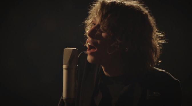 """Monday Madness: """"Hallelujah"""" – Max Prosa singt Cohen auf Deutsch"""