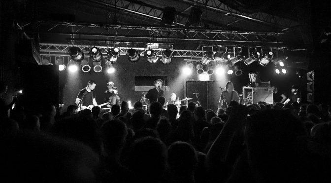 Jimmy Eat World im Underground Köln – Hot Yoga Arizona!